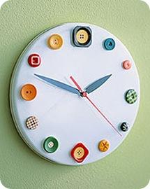 Button clock Martha